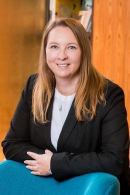 Rebekka Gulich, Prokuristin, München